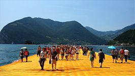 Niklas Goslar: Walking on Christo's Floating Piers